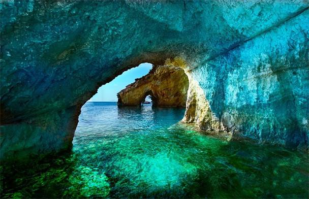 Μπλέ σπηλιές